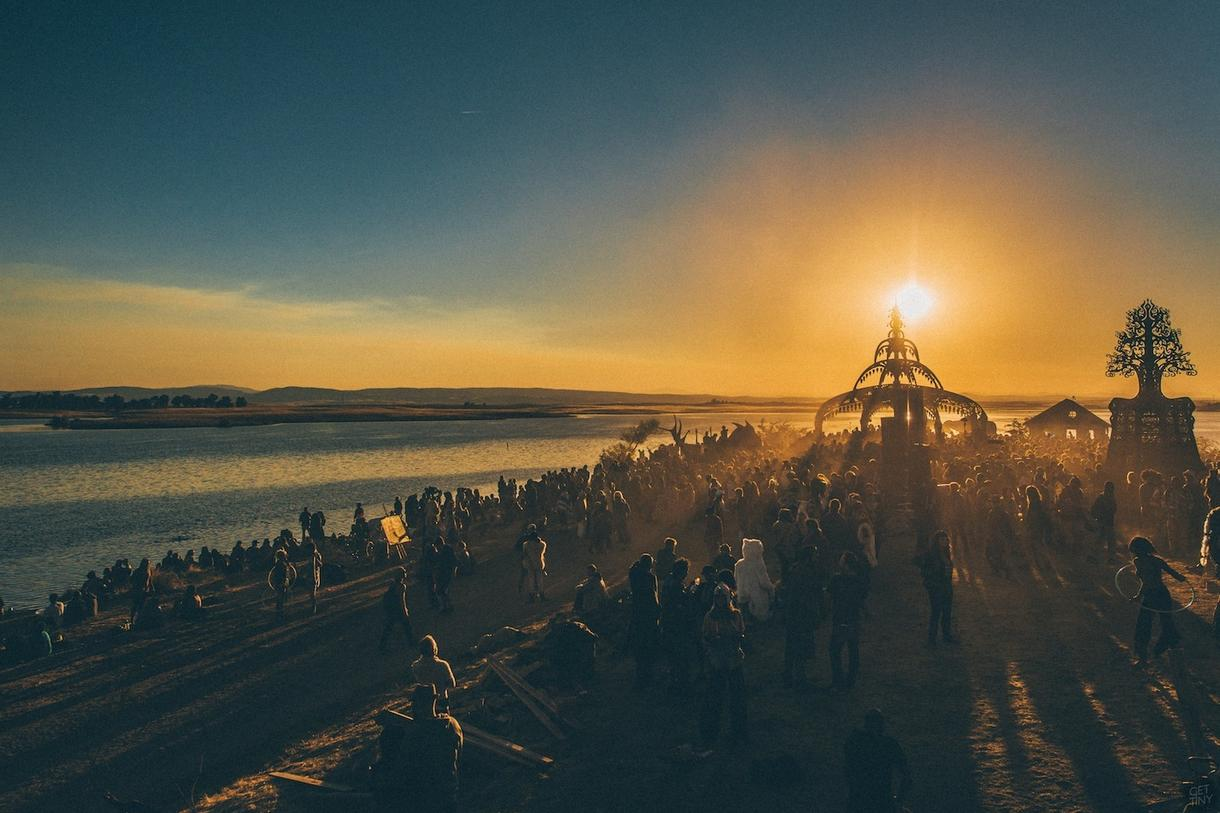 Symbiosis Gathering is Like Burning Man on Spring Break (THUMP, 2015)