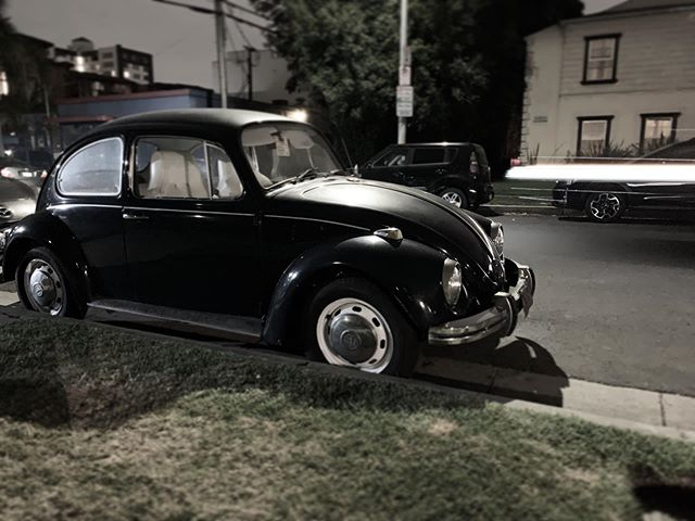 What a sexy little baby. #vwbug #losangeles #midcity