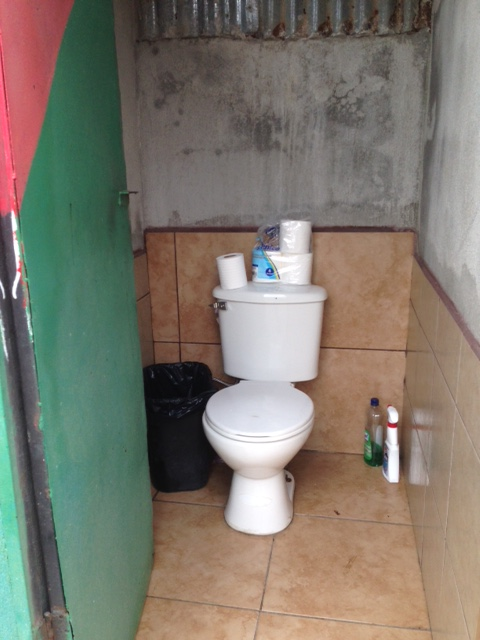 This toilet ranks 3 in our toilet ranking system