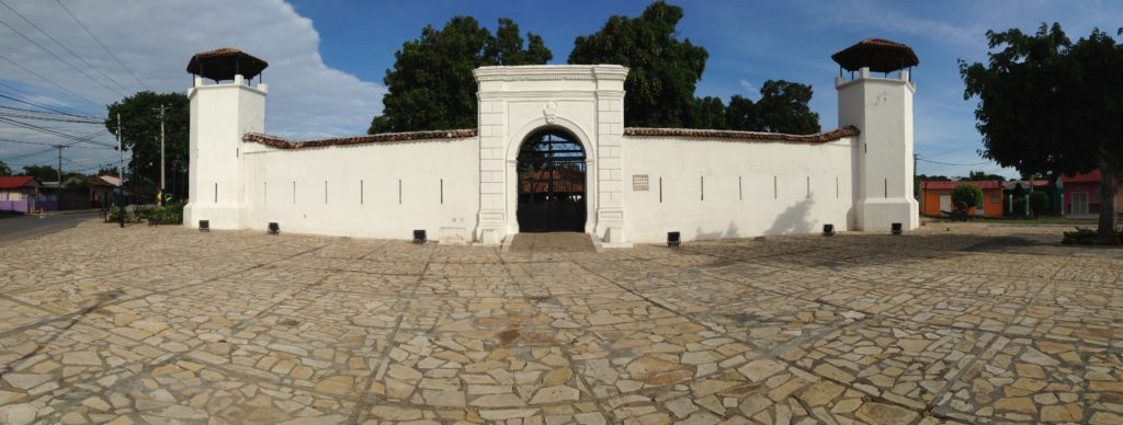 Gun powder storage facility called La Fortaleza. It's the closest I've come to seeing a Spanish fort on this trip.