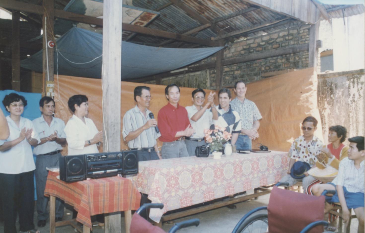 VNAH 1995 Amputees - 45.jpeg