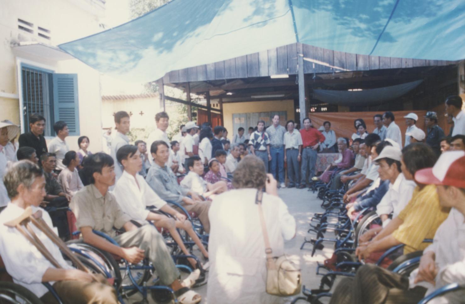 VNAH 1995 Amputees - 68.jpeg