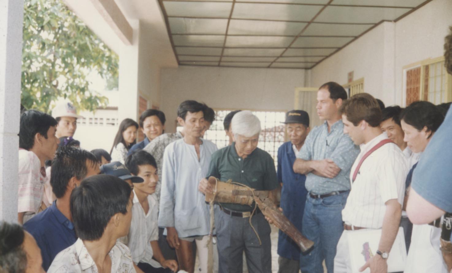 VNAH 1995 Amputees - 90.jpeg