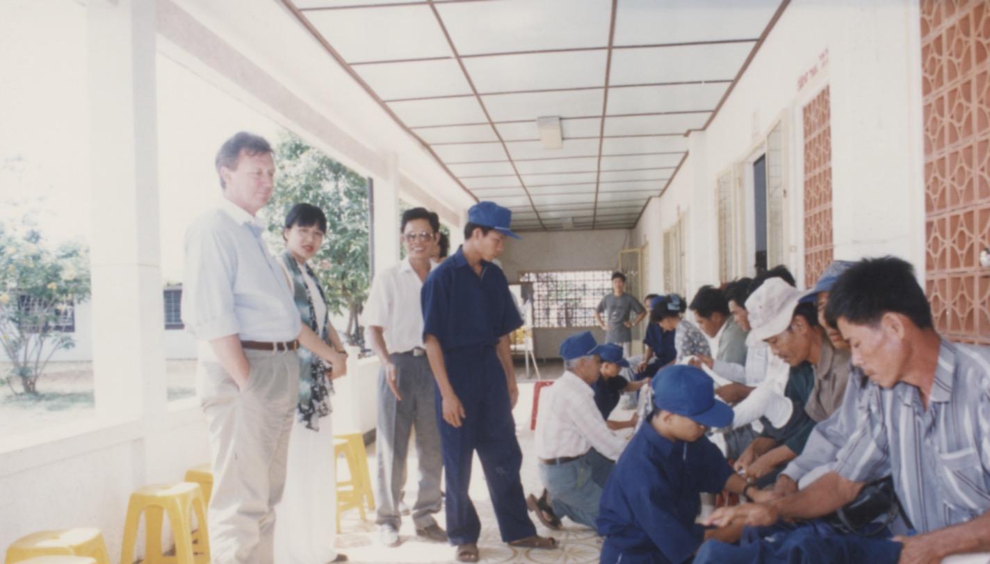 1996 VNAH Amputees - 40.jpeg