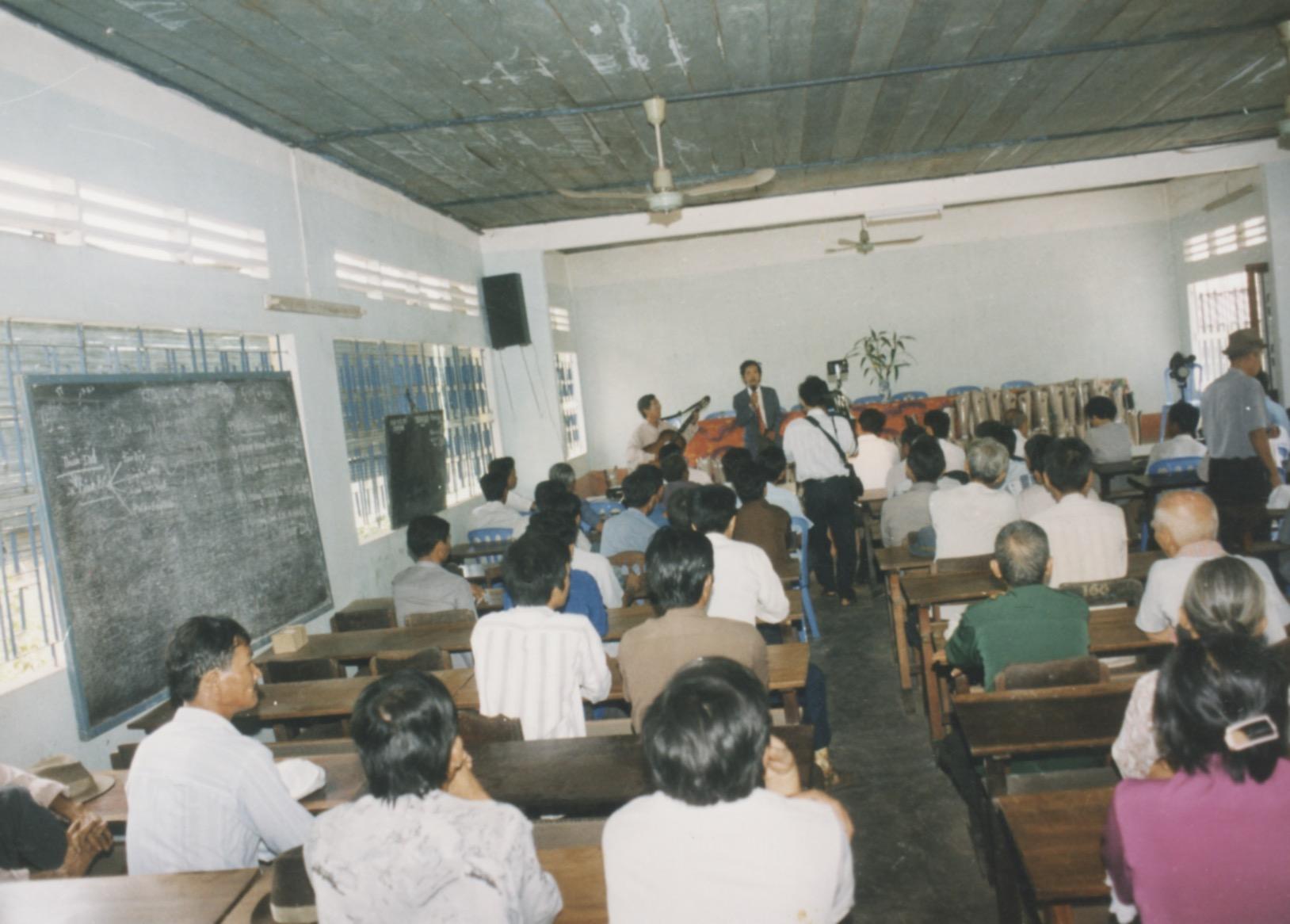 1996 VNAH Amputees - 104.jpeg