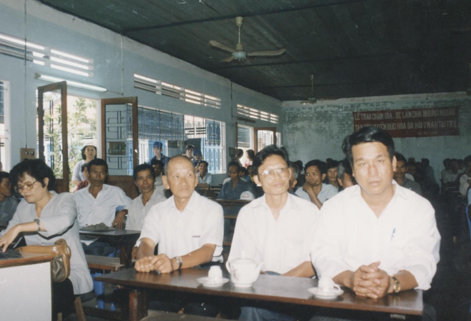 1996 VNAH Amputees - 119.jpeg