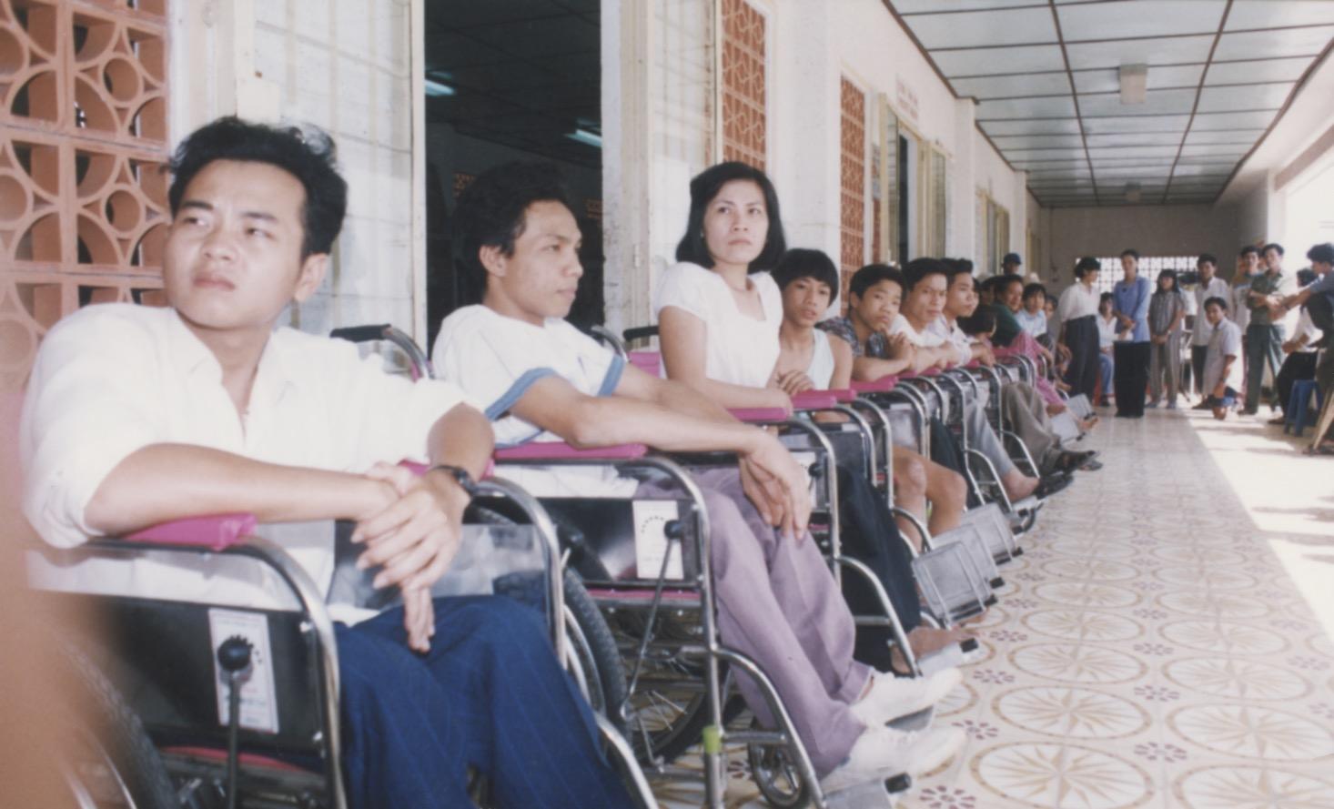 1996 VNAH Amputees - 33.jpeg