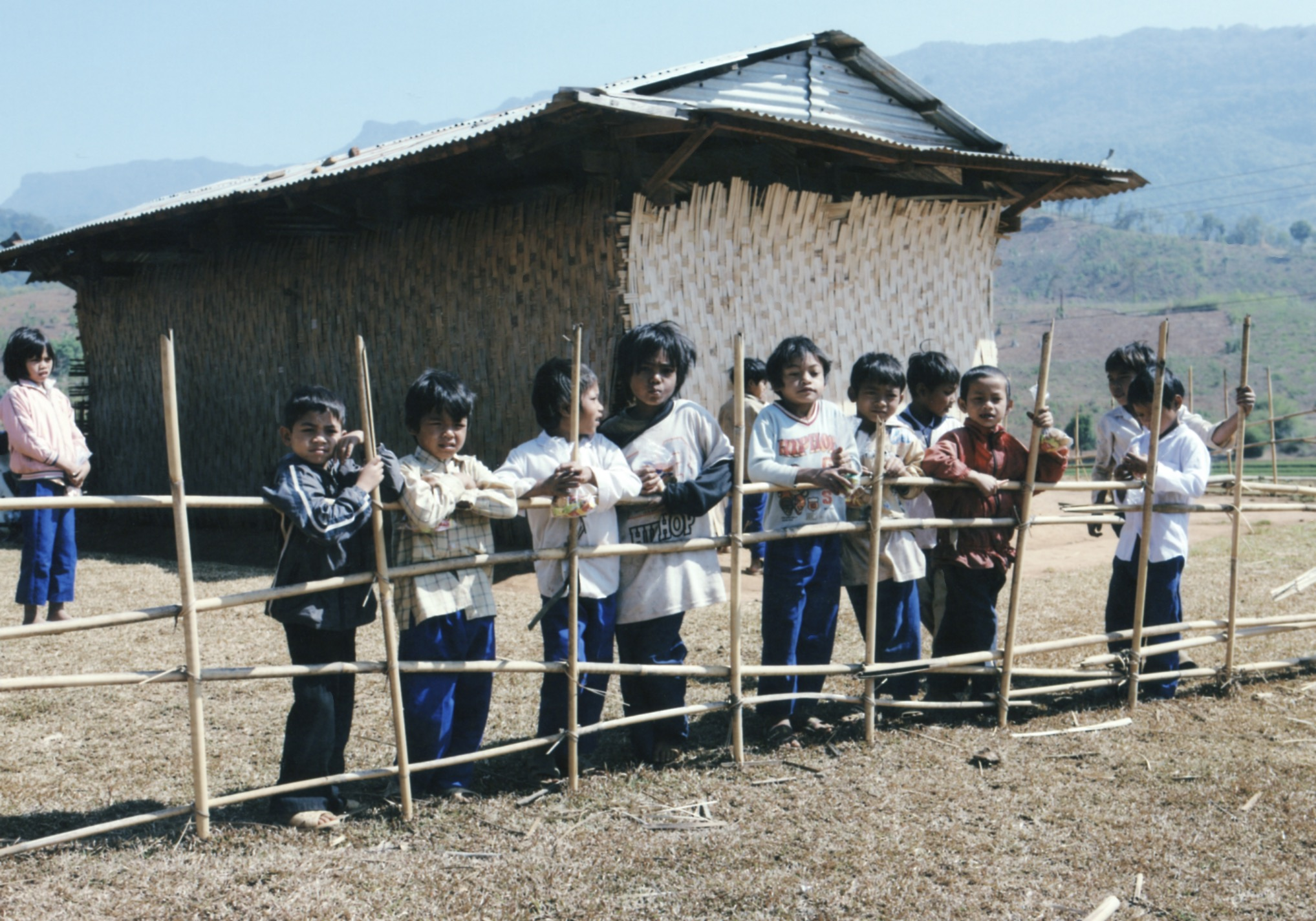 Opening Ceremony for a Primary School in Kontum Prov. (Central Highland) 2008 - 25.jpeg