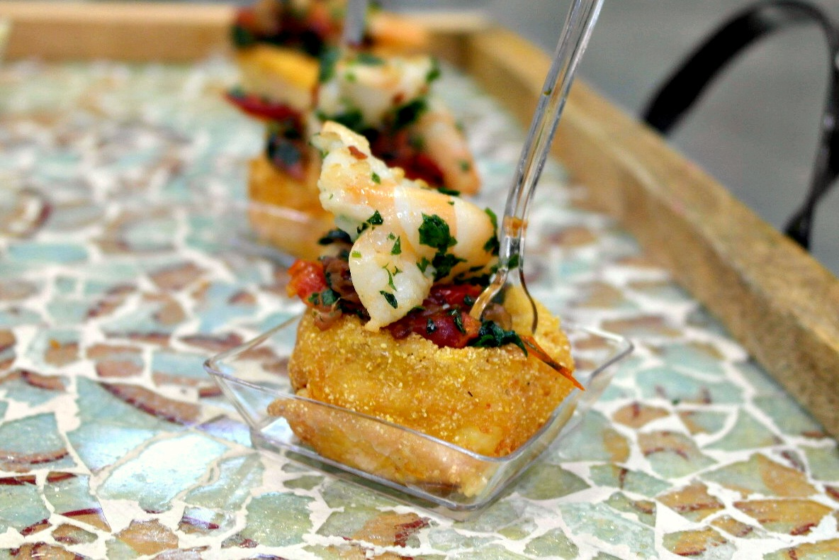 Italian Style Shrimp & Grit Cake