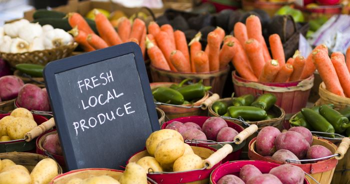 What exactly is a 'whole foods' diet? -