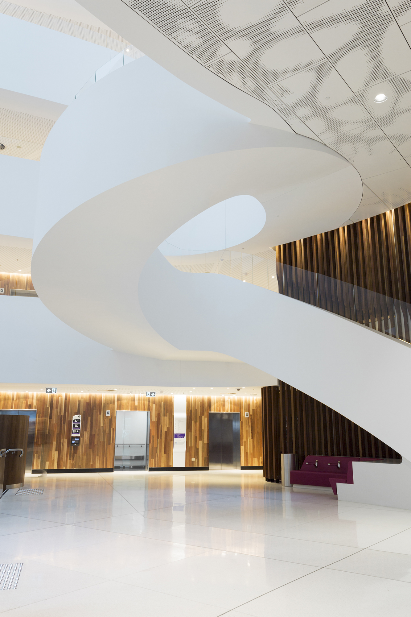 Peter Mac Cancer Centre McBride Charles Ryan, Design Inc & Silver Thomas Hanley