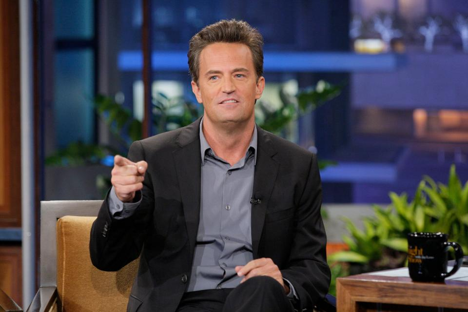 Actor Matthew Perry in 2012. (Photo by: Paul Drinkwater/NBC/NBCU Photo Bank via Getty Images) NBCU PHOTO BANK VIA GETTY IMAGES