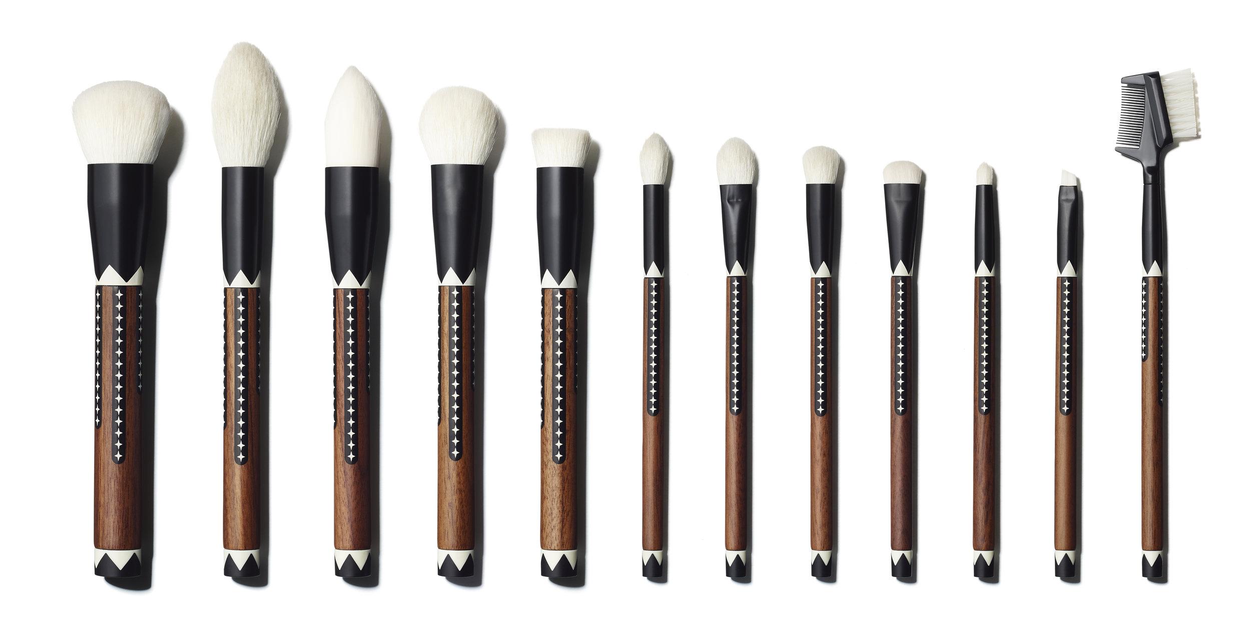 Exotic Artisan 12-piece Brush Set($40)