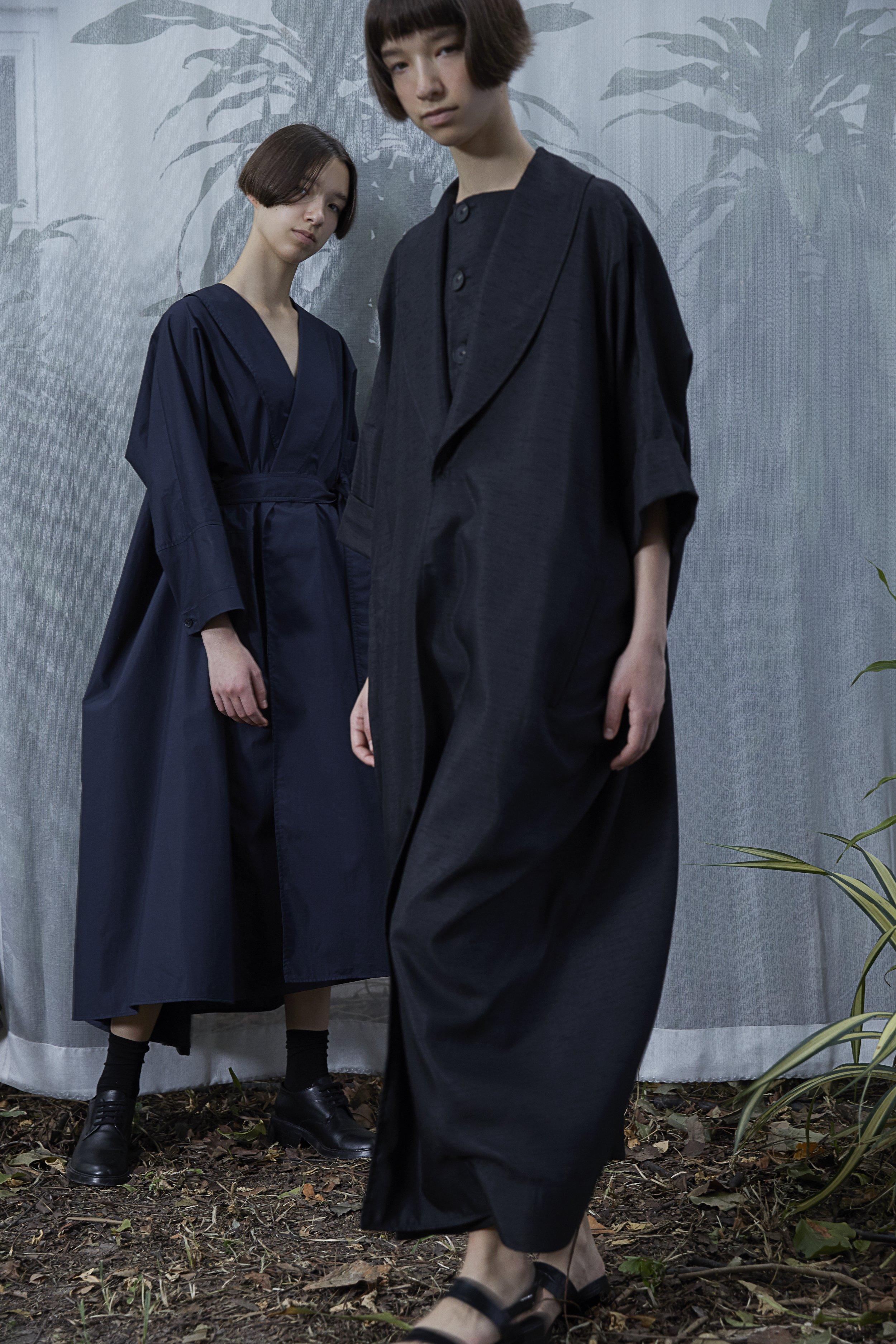 PENN   cotton wrap dress in NAVY BLUE  KELLY cocoon robe dress in BLACK