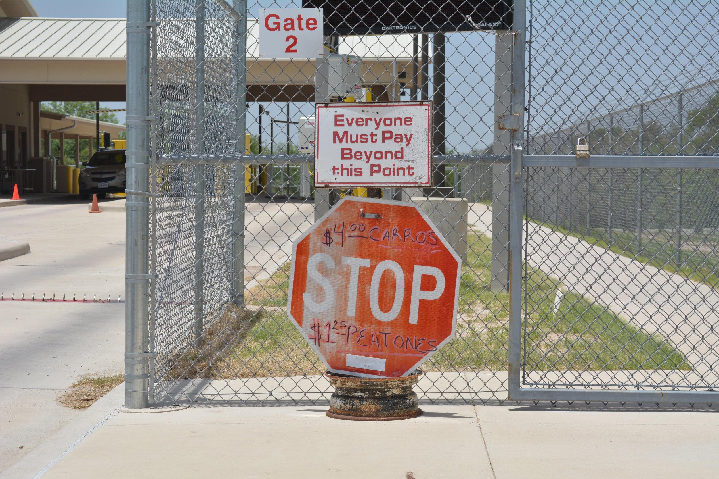 LOS EBANOS PORT OF ENTRY. PHOTO BY SYDNEY BARNETT.