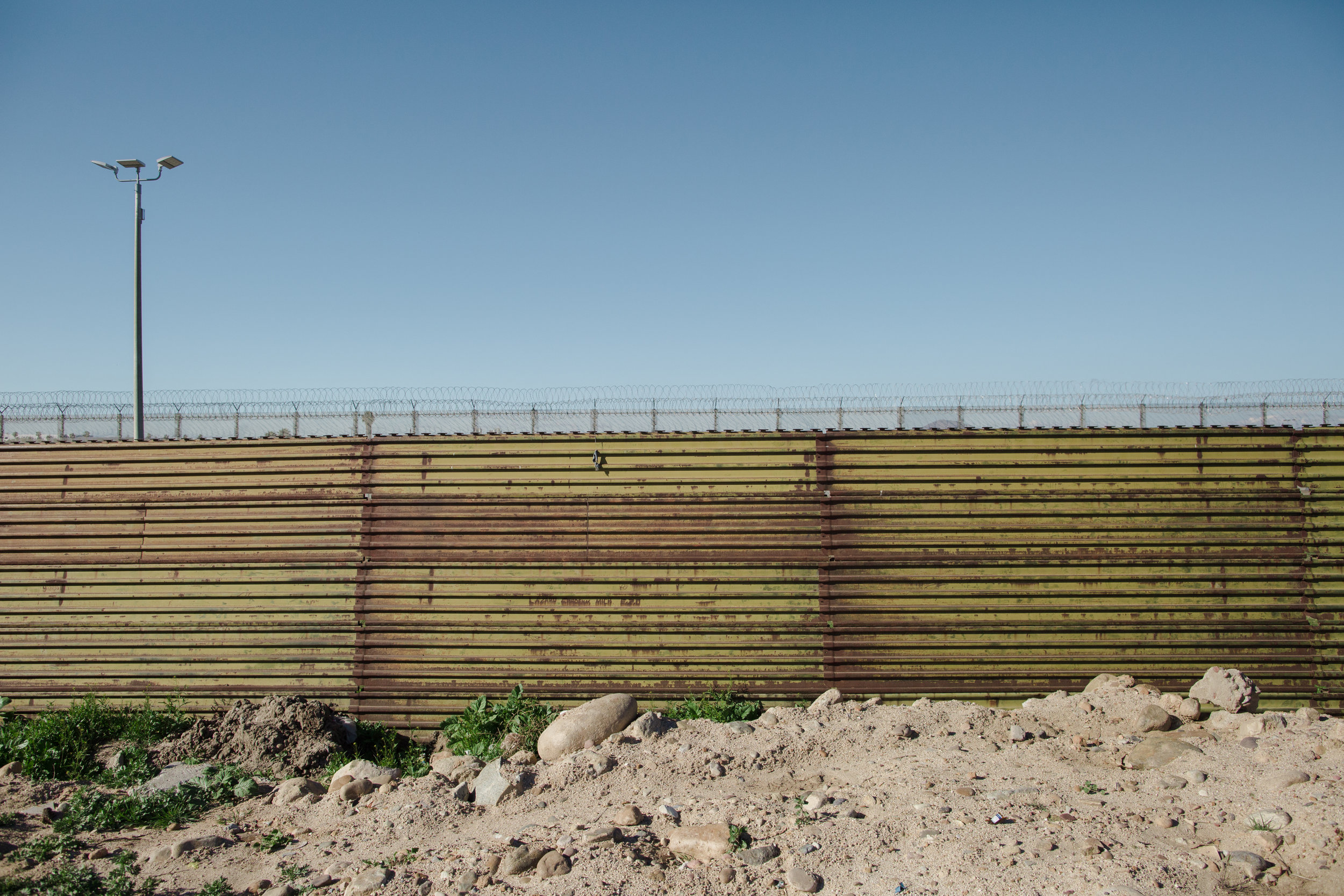 Tijuana-Wall-AMBOSWknd01-0002.jpg