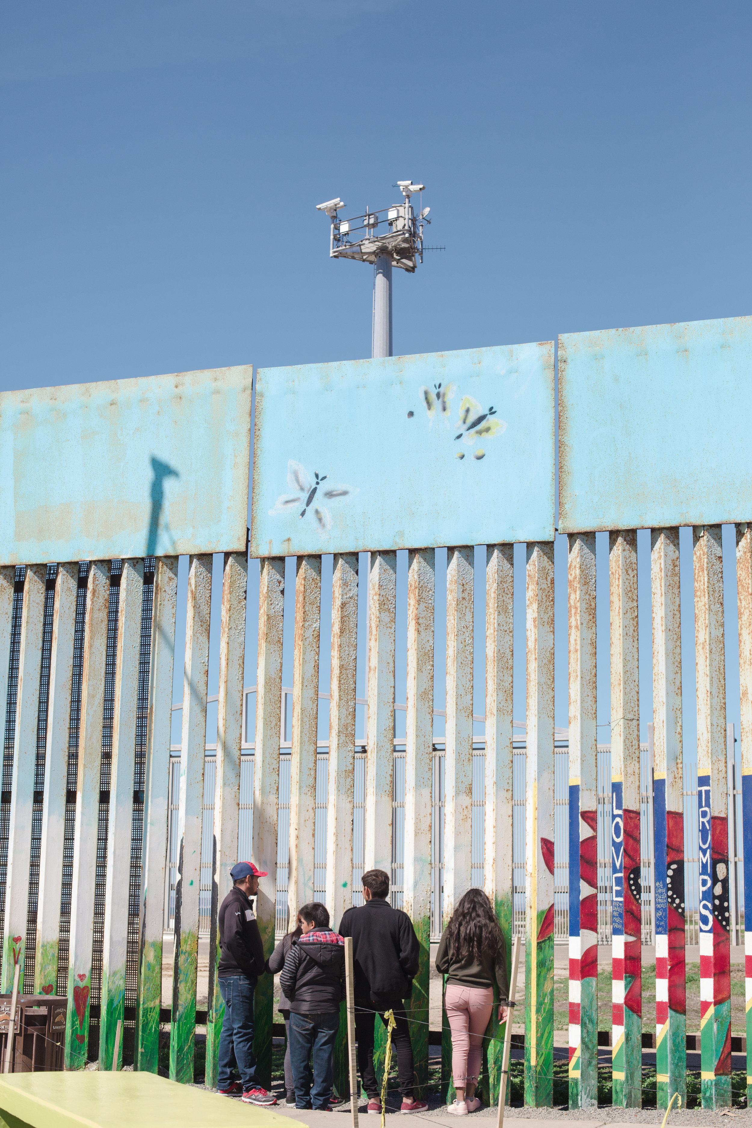 Tijuana-Wall-AMBOSWknd01-0079.jpg