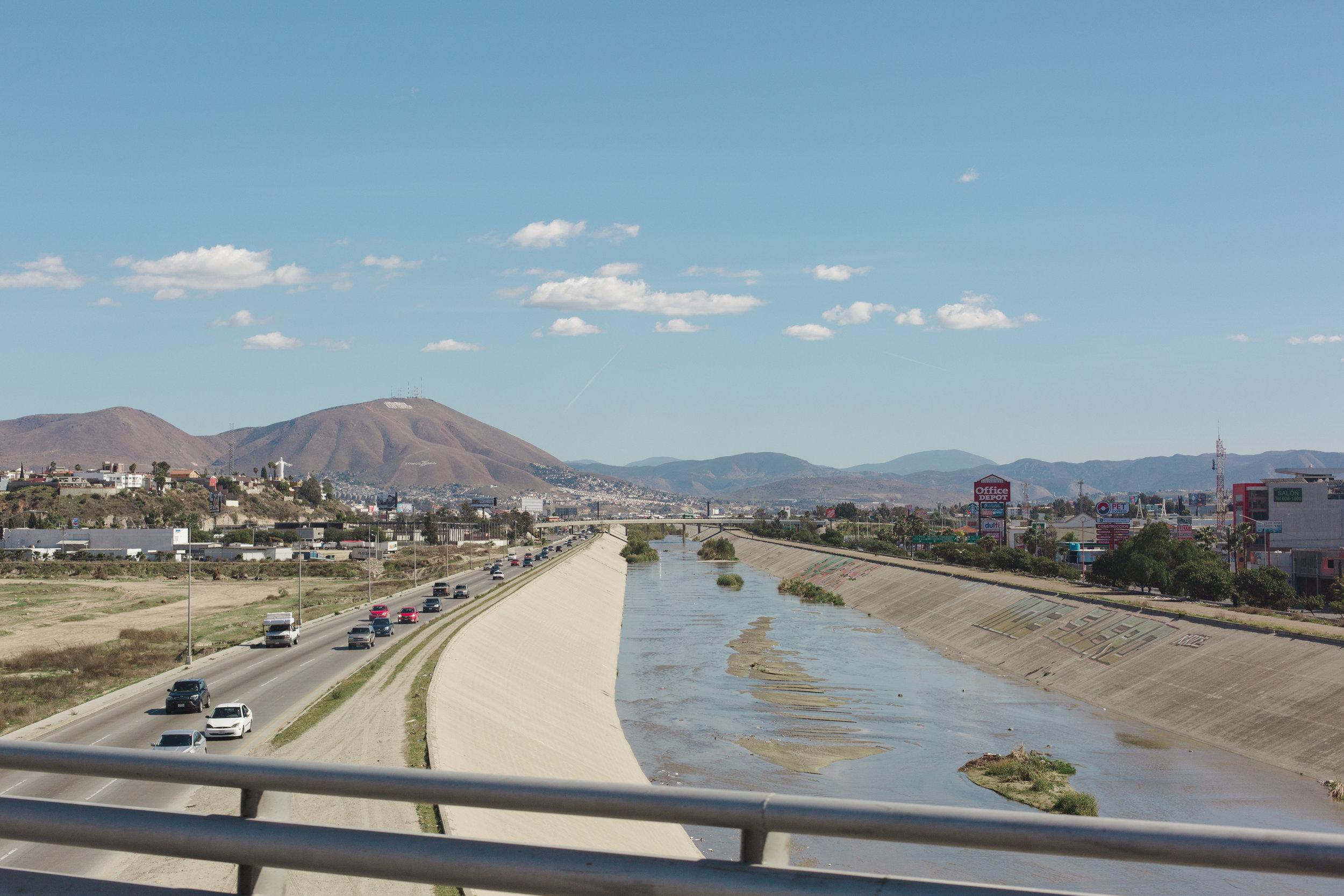 Tijuana-Wall-AMBOSWknd01-0082.jpg