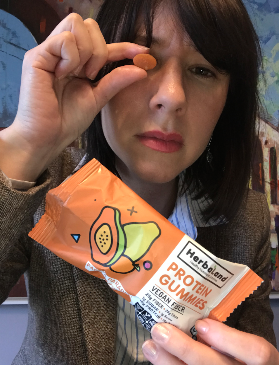 Healthy snacks like protein gummies are the perfect snack to eat at work. PIT Shop offers fruit delivery and snack boxes to offices in Pittsburgh. Snack healthier. Bringing healthy to your office.