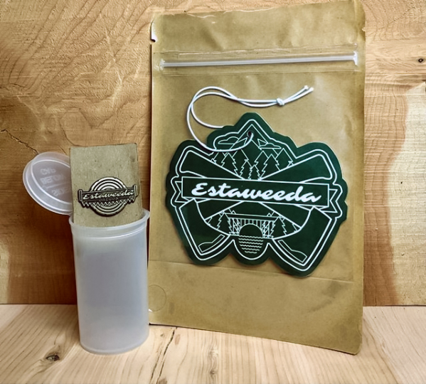 Estaweeda Air Freshener and Lapel Pin