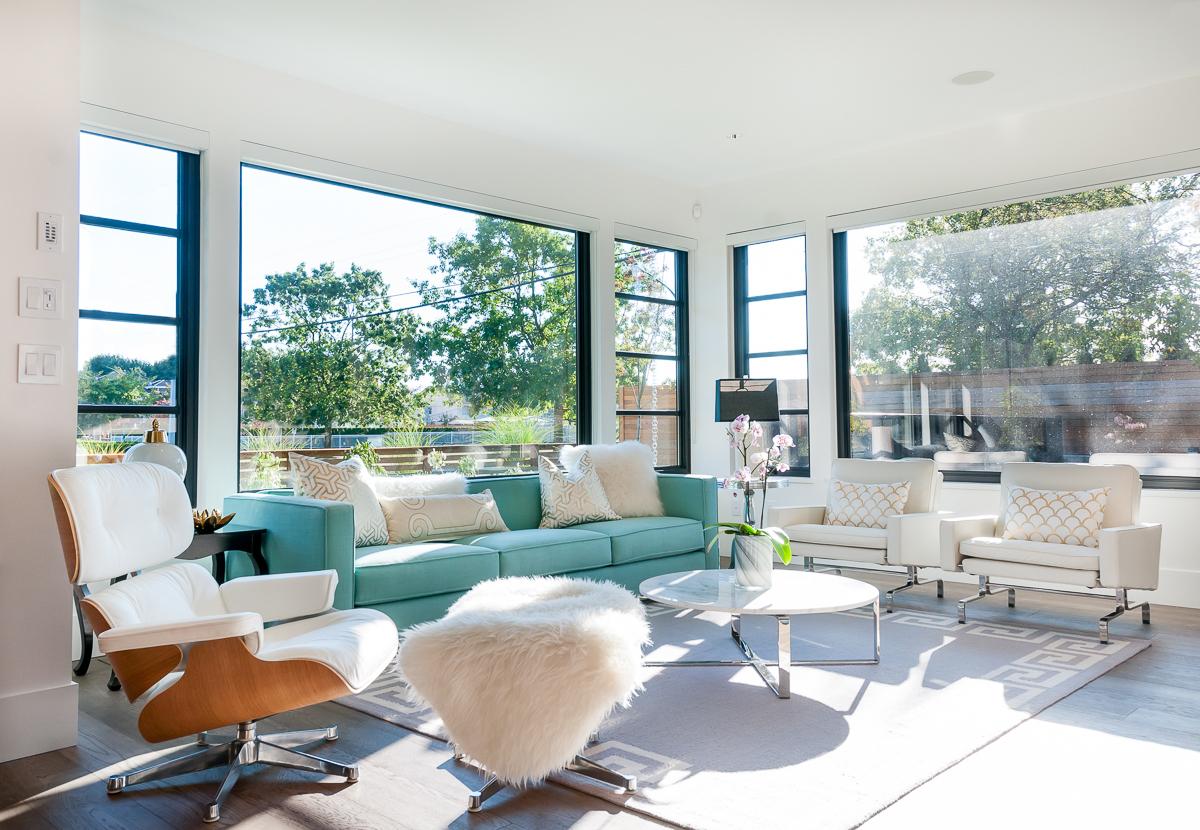 8 - Blaine_House_17_Living_Room-Edit.jpg