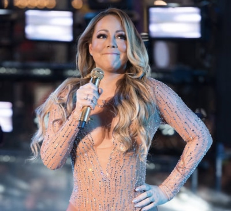 Mariah Carey NYE 2016 Performance