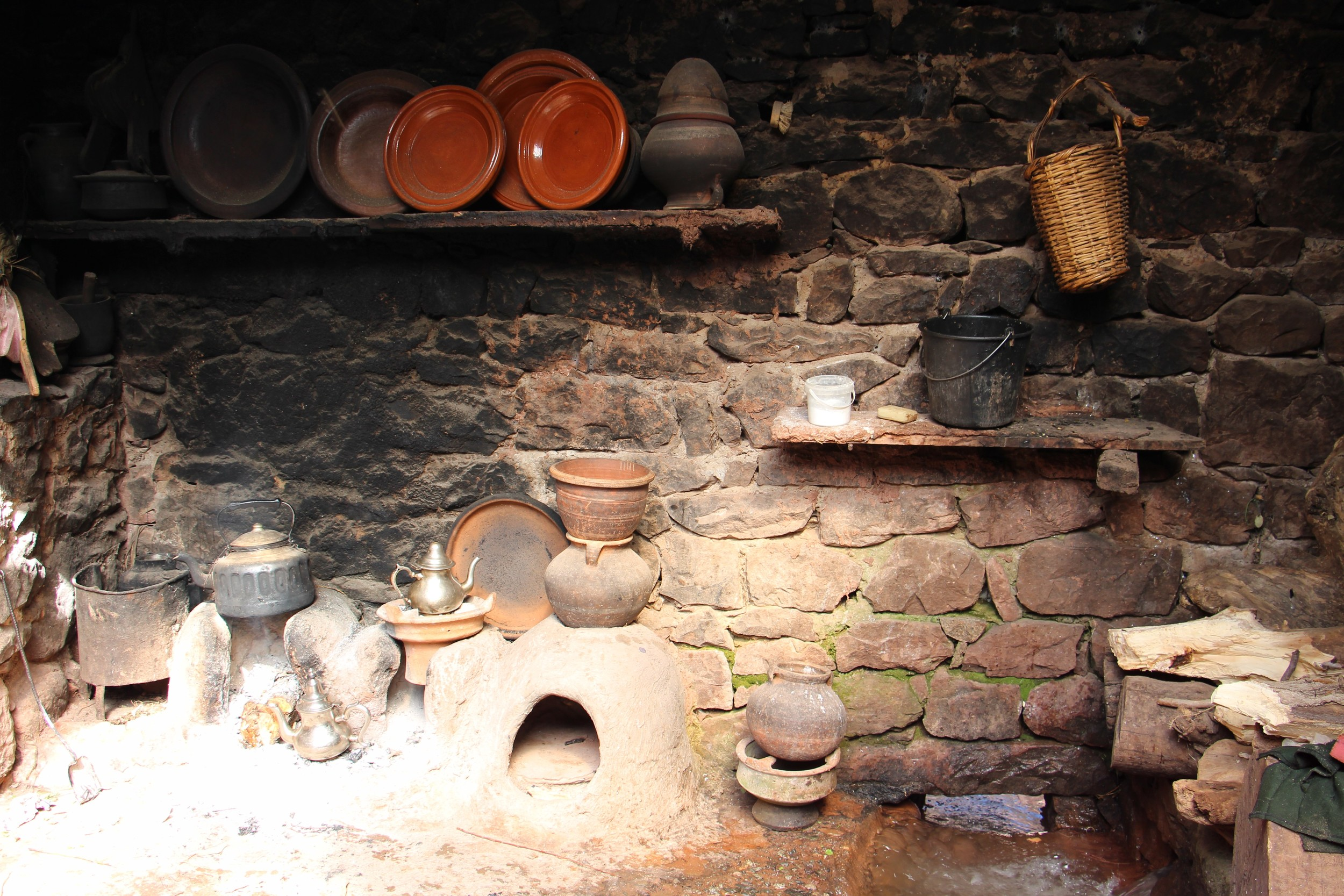Here's a photo of their kitchen. With running gas or water!