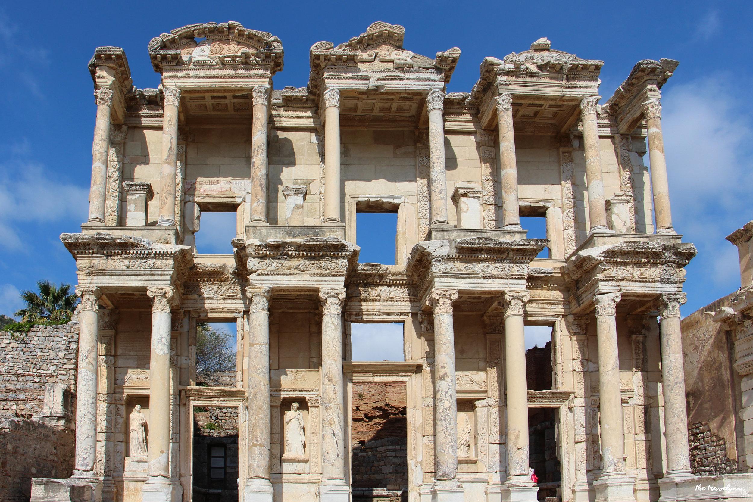 Izmir Celcius library ruins