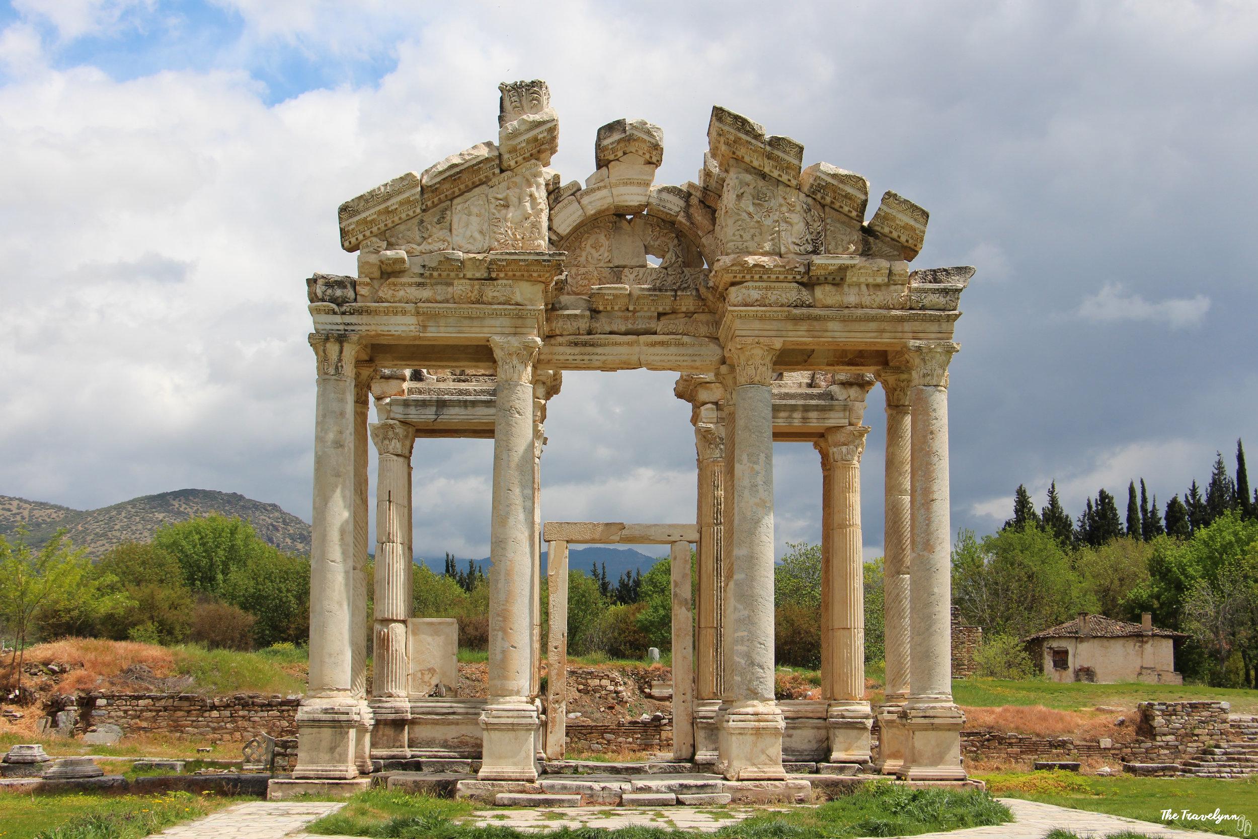 aphrodisias temple of aphrodite