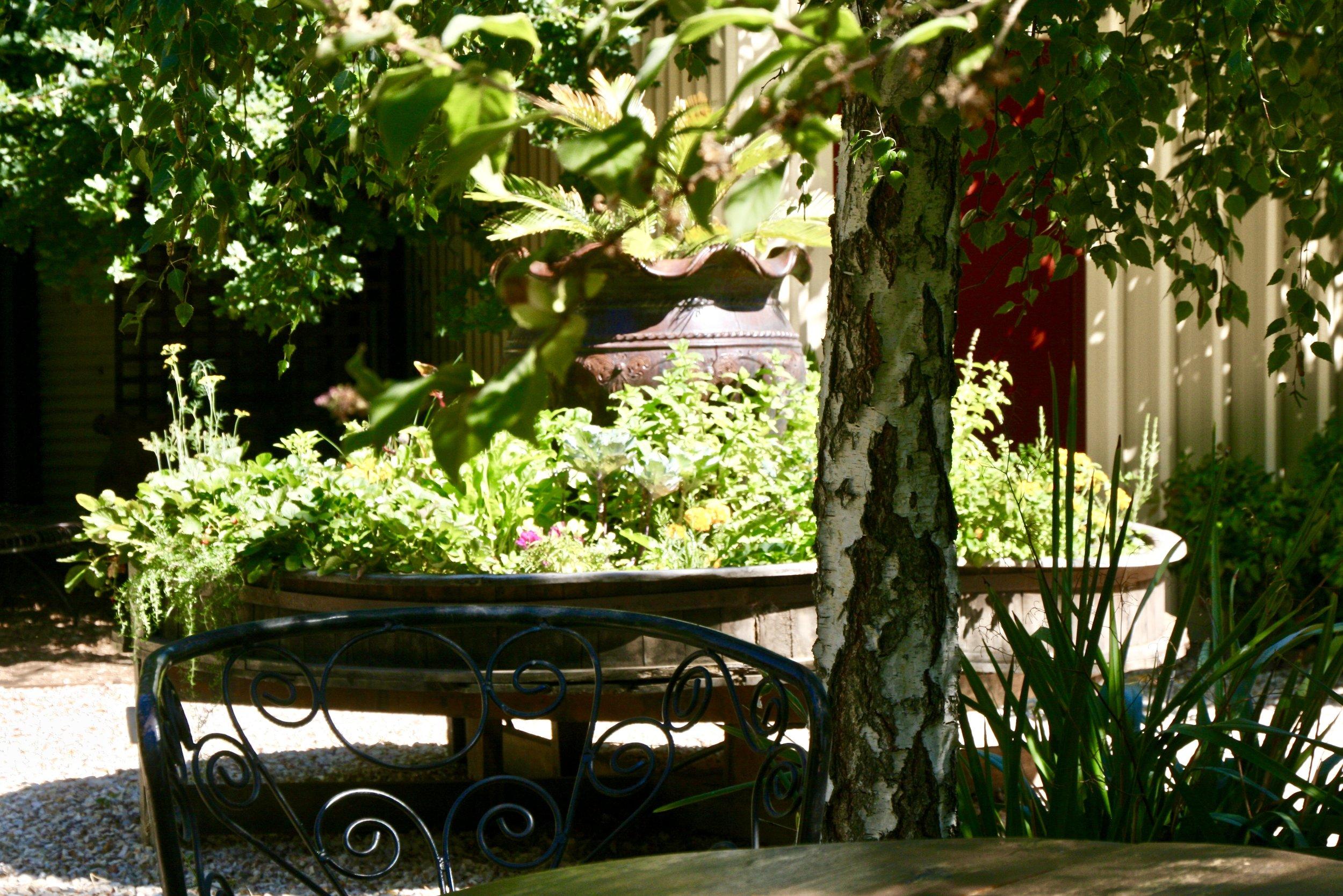 Enjoy the Gardens at The Eaglehawk Hotel Maldon