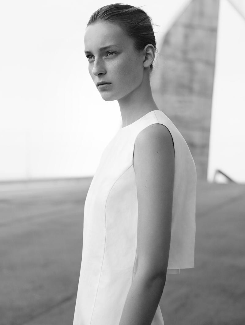 Julia Bergshoeff, Photo by Karim Sadli (COS)