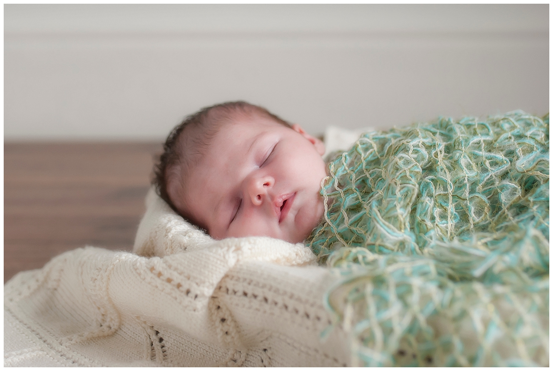 Sarah bee Photography, Cheshire New born Photography, Manchester newborn photographer, child and family Photographer manchester_0024.jpg