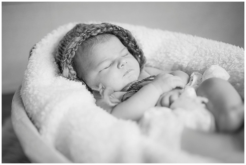 Sarah bee Photography, Cheshire New born Photography, Manchester newborn photographer, child and family Photographer manchester_0016.jpg