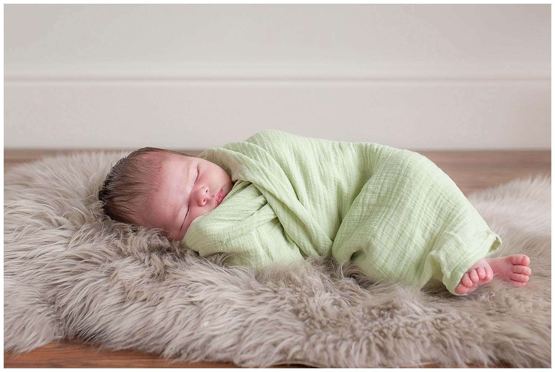 Sarah bee Photography, Cheshire New born Photography, Manchester newborn photographer, child and family Photographer manchester_0007.jpg