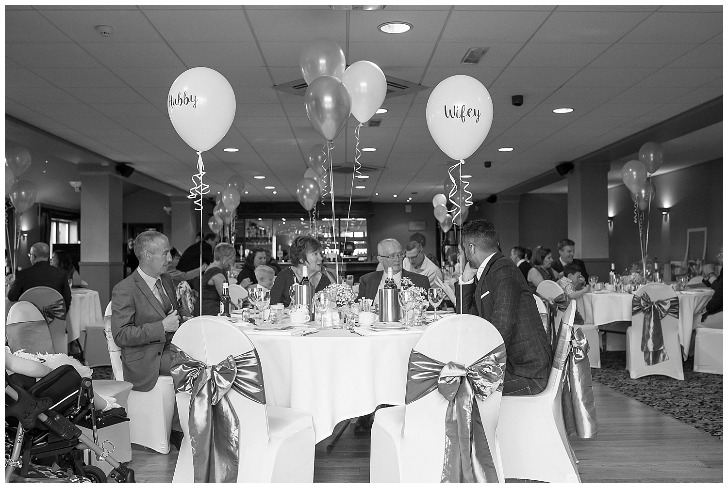 wedding photography with sarah bee photography at The Huntsmen Holmfirth documentory photographer_0091.jpg