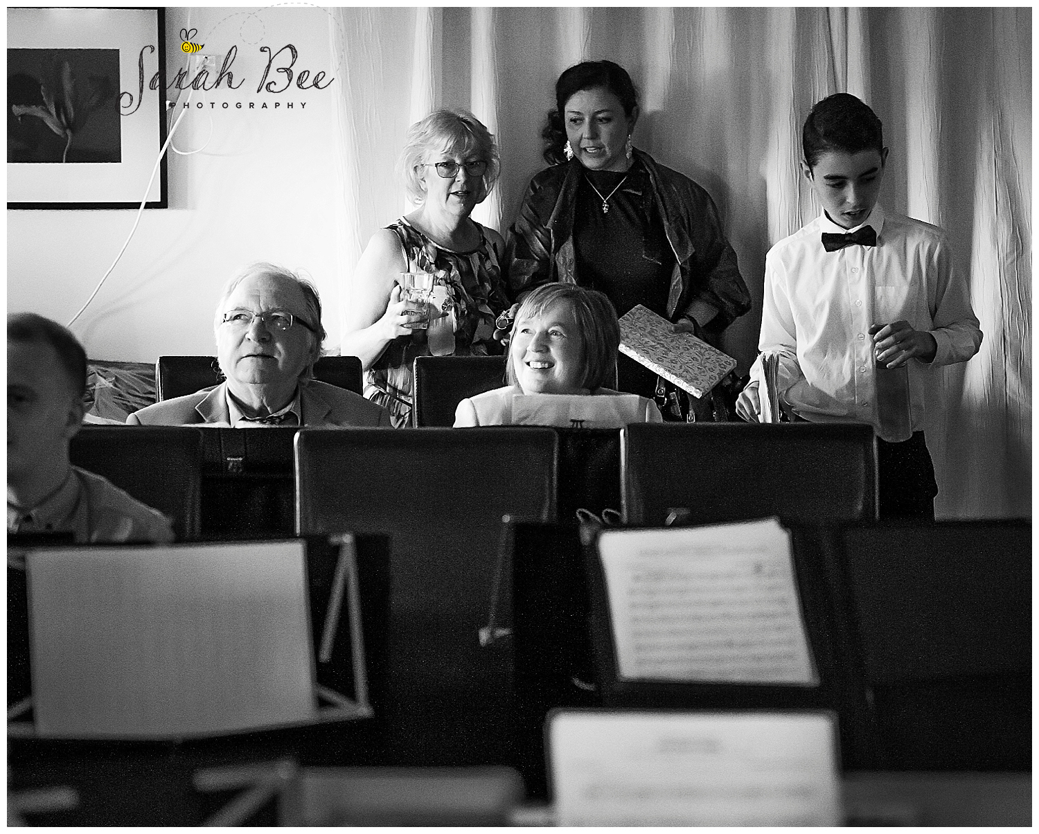 wedding photography with sarah bee photography, Peruga woodheys glossop, documentory photography wedding photographer_0205.jpg