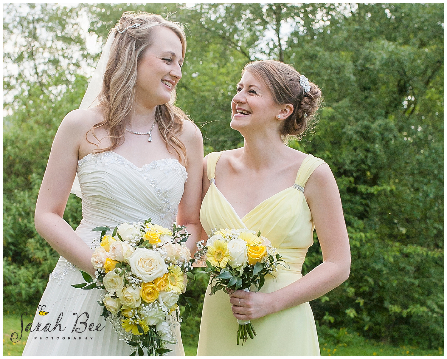 wedding photography with sarah bee photography, Peruga woodheys glossop, documentory photography wedding photographer_0207.jpg