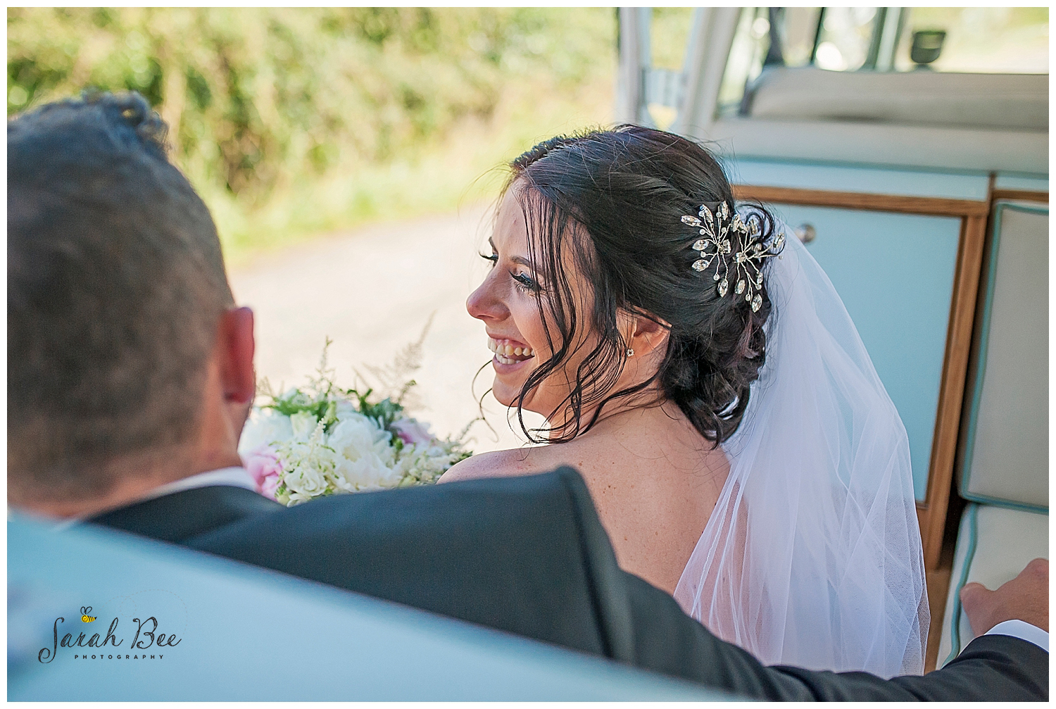documentory wedding photography with sarah bee photography, wedding photography, wedding photographer at 315 bar and restaurant huddersfield, nateral wedding photography_0386.jpg