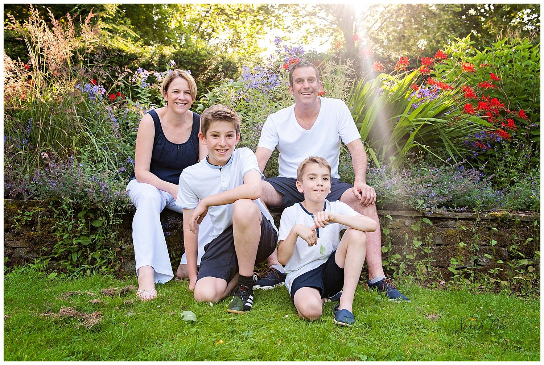 family portraits with sarah bee photography park photo shoots portrait photography.natural photography cheethams park stalybridge_0462.jpg