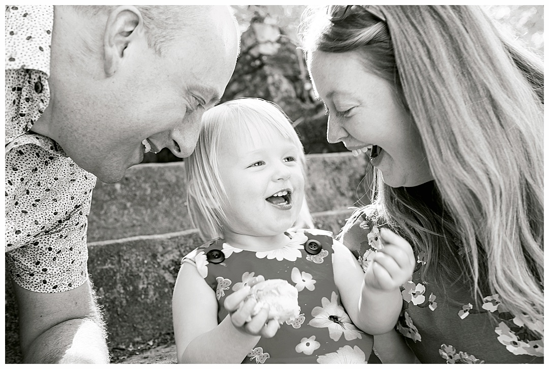 Family_porttraits Sarah_bee_photography_cheathams_park_stalybridge_new_born_photography_family_photoshoots_Newborn_photographer_1180.jpg