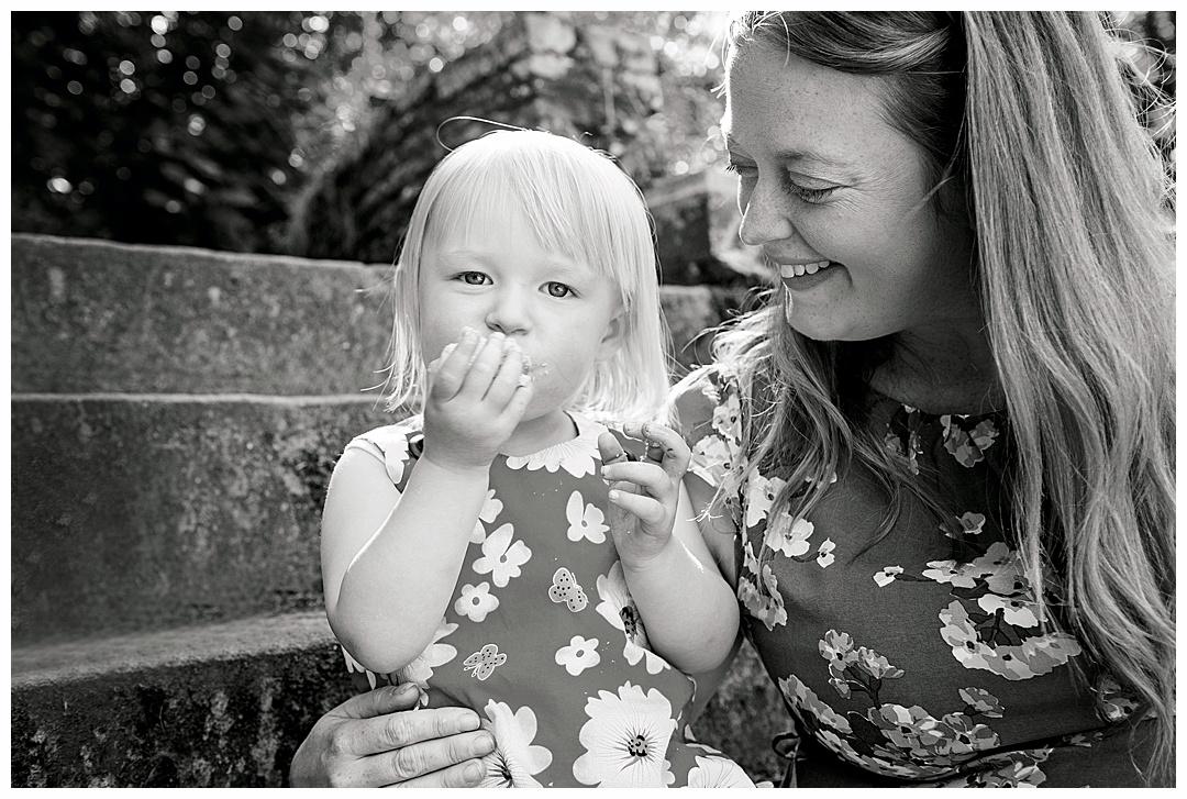 Family_porttraits Sarah_bee_photography_cheathams_park_stalybridge_new_born_photography_family_photoshoots_Newborn_photographer_1182.jpg