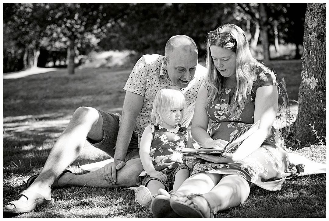 Family_porttraits Sarah_bee_photography_cheathams_park_stalybridge_new_born_photography_family_photoshoots_Newborn_photographer_1188.jpg