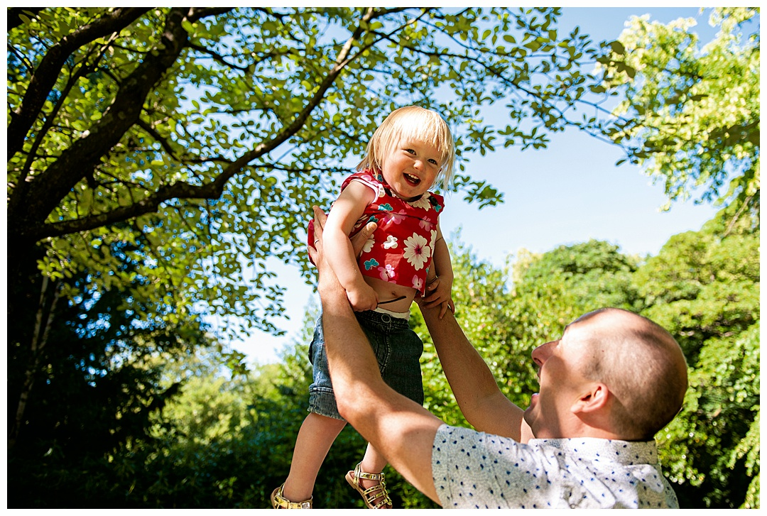 Family_porttraits Sarah_bee_photography_cheathams_park_stalybridge_new_born_photography_family_photoshoots_Newborn_photographer_1187.jpg