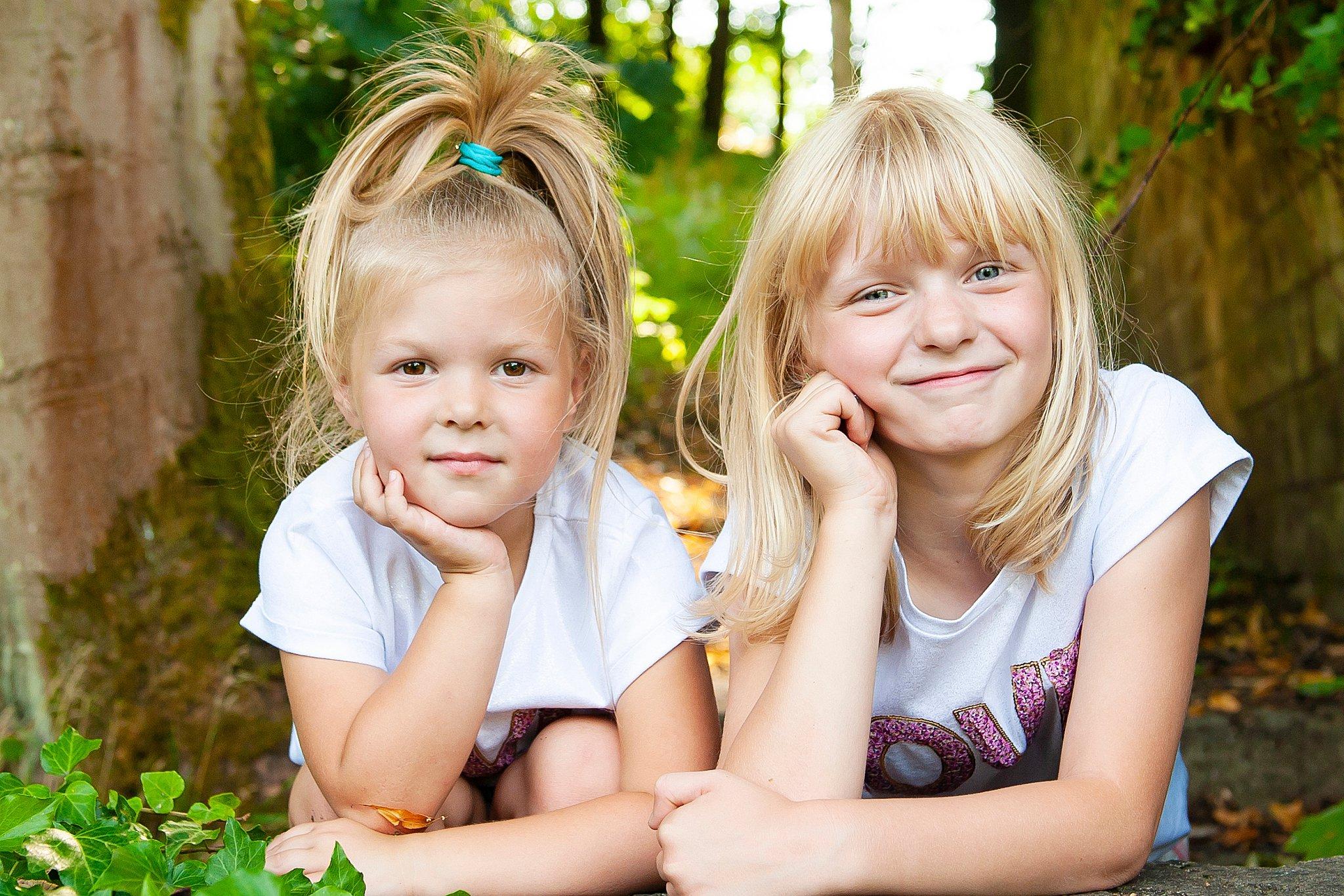 Family_portraits_Family_photographer_family_photography>out_door_photo_shhoots_family_photo_shoots_photographers_near_me Sarah_bee_photography_1311.jpg