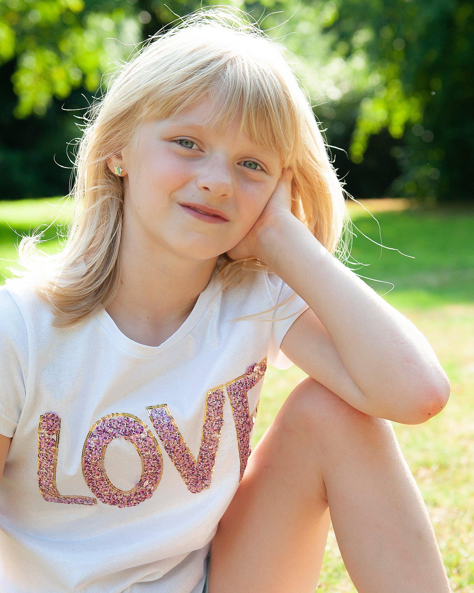 Family_portraits_Family_photographer_family_photography>out_door_photo_shhoots_family_photo_shoots_photographers_near_me Sarah_bee_photography_1313.jpg