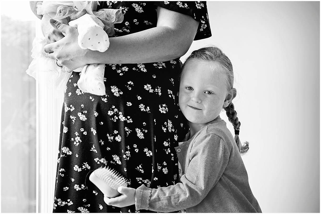 Newborn_photography with Sarah_bee_photography lifestyle_photography family_photography natural_photography photography_in_your_own_home baby_and_child_photography_1921.jpg
