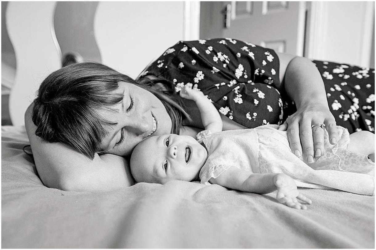 Newborn_photography with Sarah_bee_photography lifestyle_photography family_photography natural_photography photography_in_your_own_home baby_and_child_photography_1930.jpg