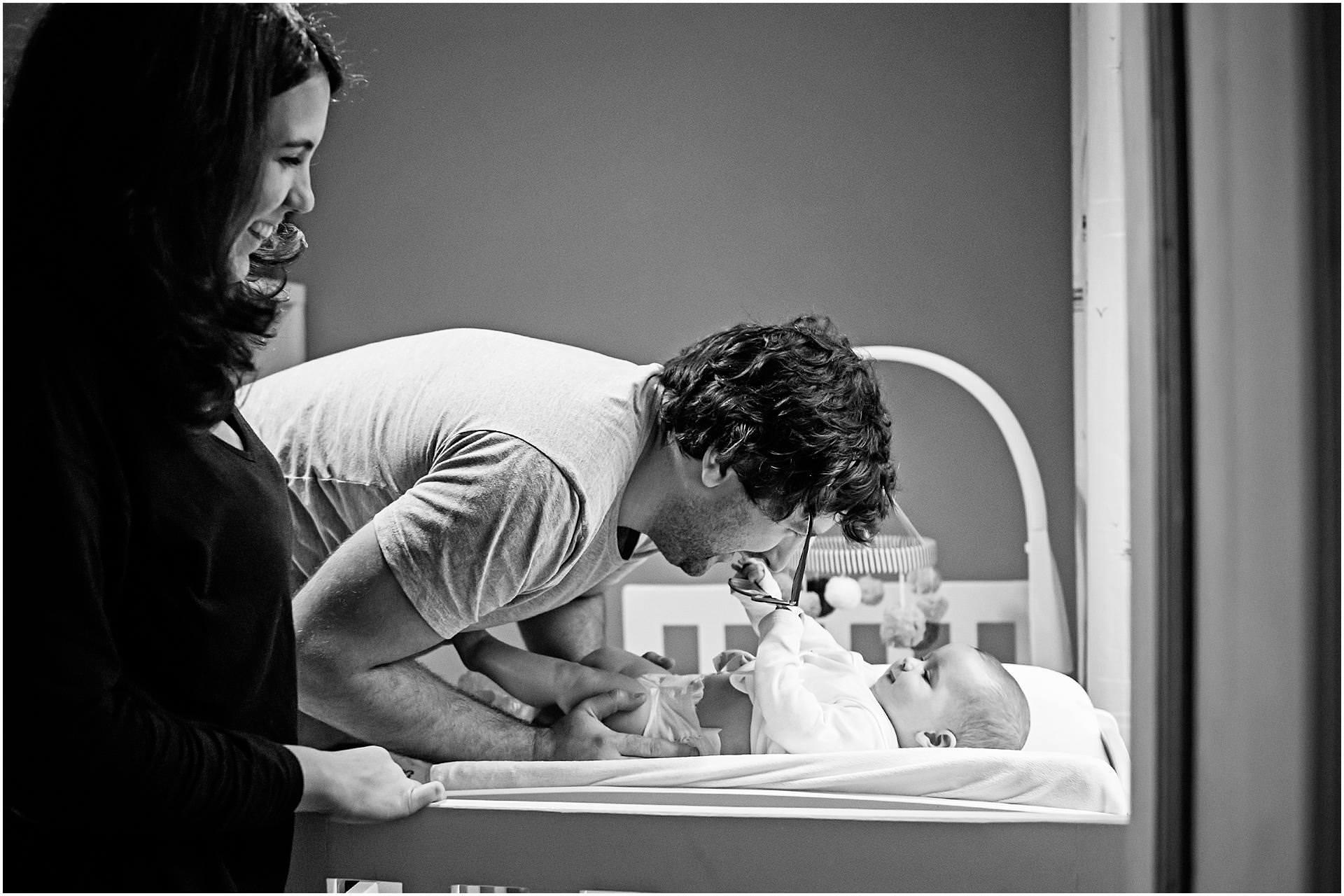 Newborn_photography with Sarah_bee_photography lifestyle_photography family_photography natural_photography photography_in_your_own_home baby_and_child_photography_1939.jpg