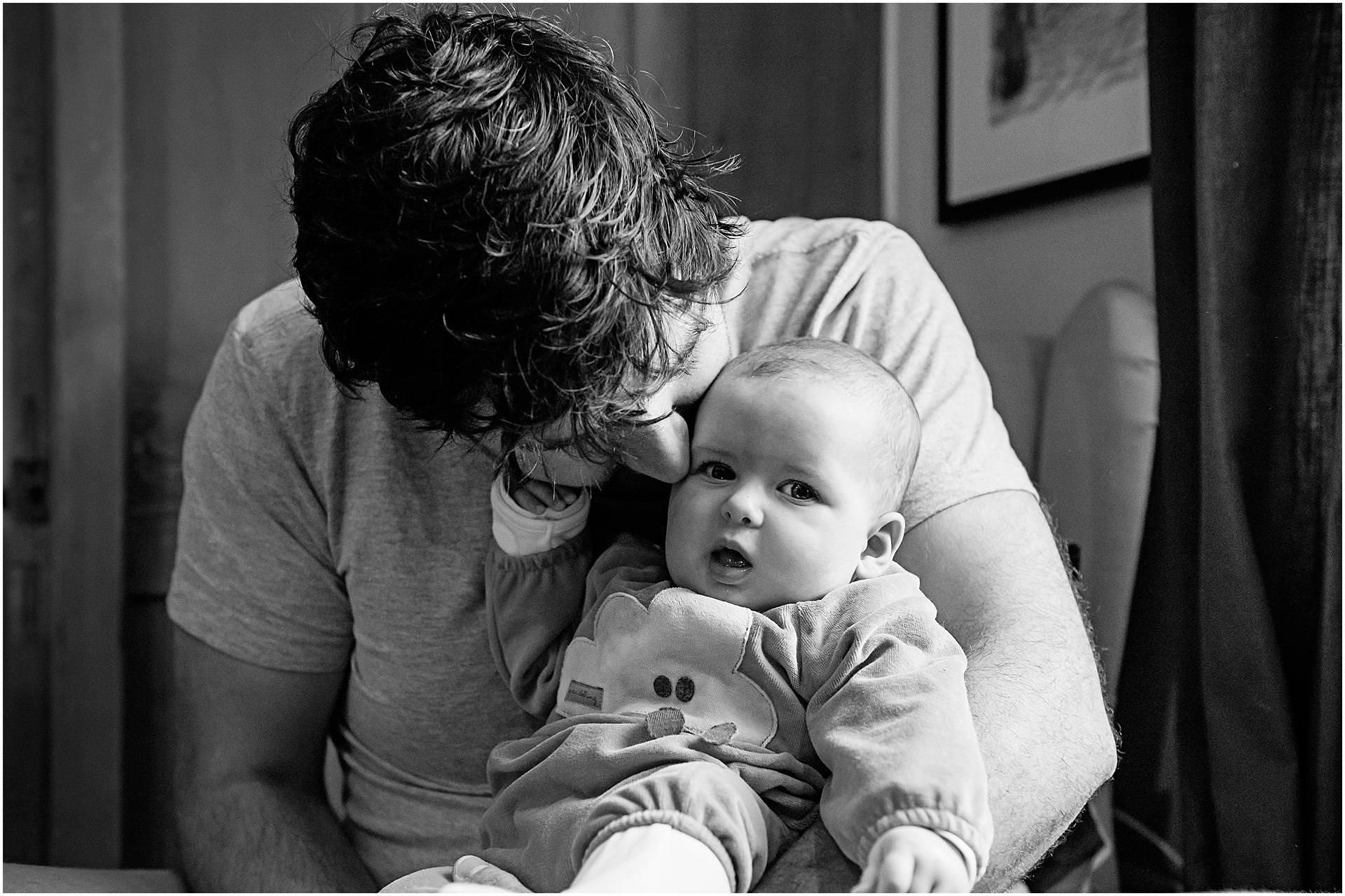 Newborn_photography with Sarah_bee_photography lifestyle_photography family_photography natural_photography photography_in_your_own_home baby_and_child_photography_1946.jpg