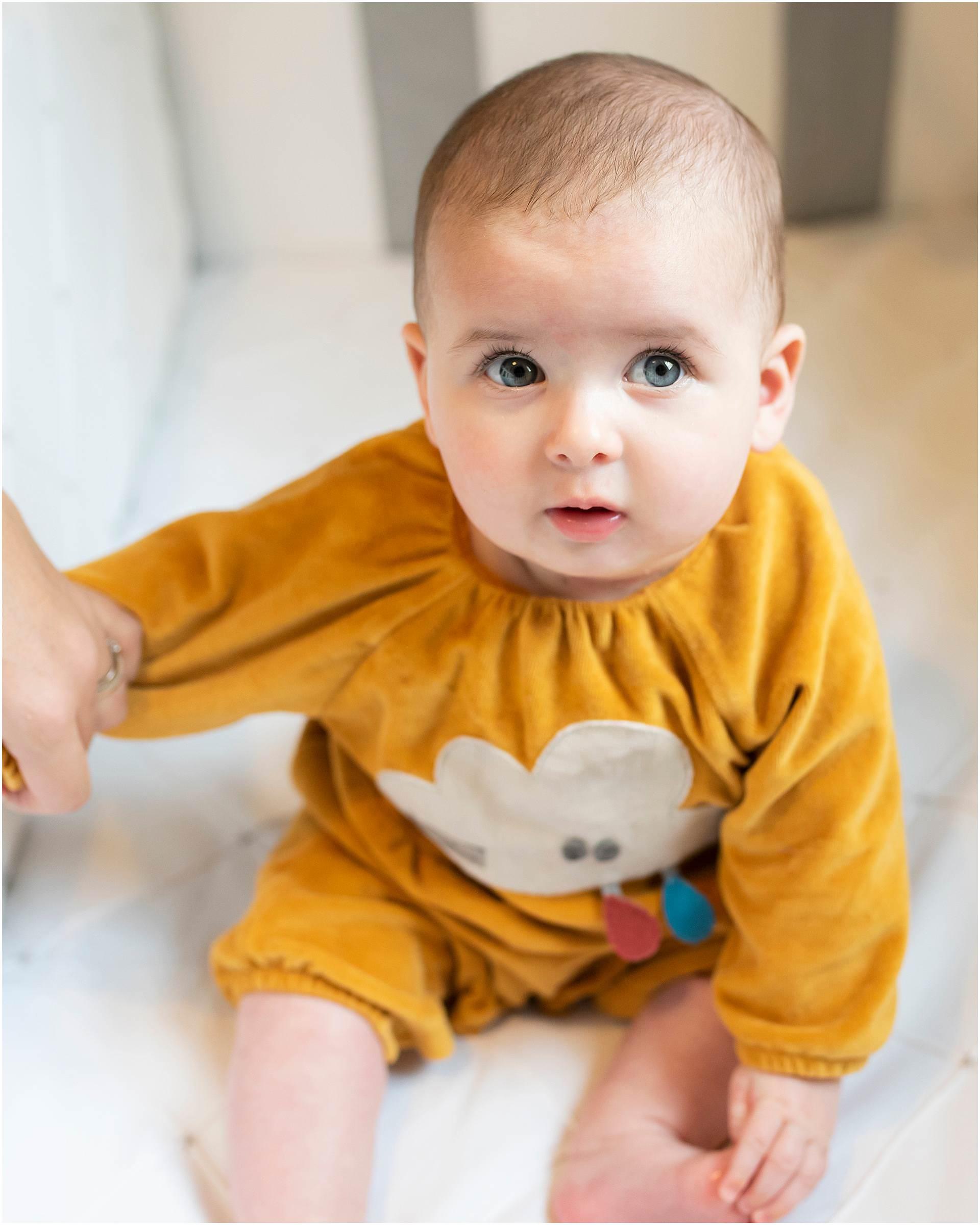 Newborn_photography with Sarah_bee_photography lifestyle_photography family_photography natural_photography photography_in_your_own_home baby_and_child_photography_1953.jpg